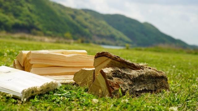 フェザースティックに適した木材の種類