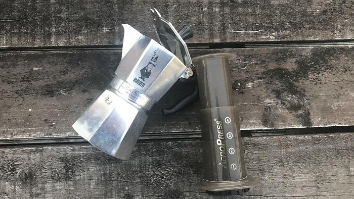 本格派エスプレッソコーヒーが作れる!エアロプレス とビアレッティの比較レビュー!