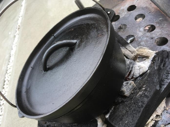 ニトリのダッチオーブン使い始め