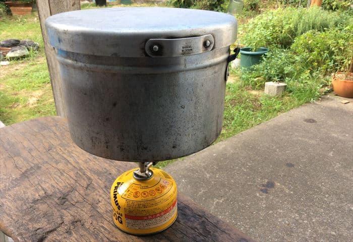 ガス缶 輻射熱