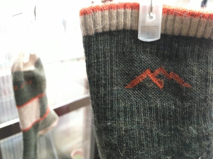 ダーンタフ 靴下