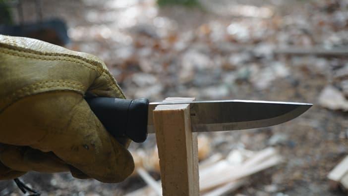 バトニング ナイフ