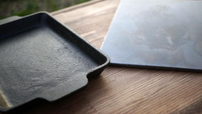 ソロキャンプ 鉄板 材質