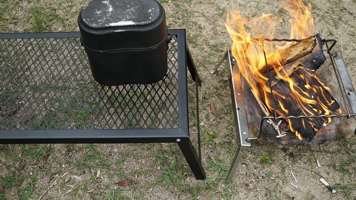 焚き火テーブル
