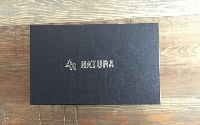 NATURA ライト 箱